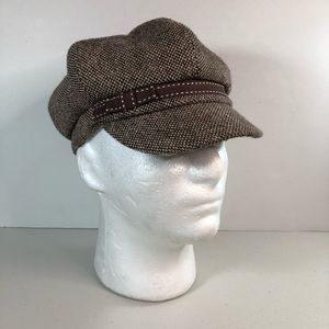 Brown and beige tweed newsboy style hat